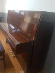 Vendo 1 piano usado lindo!
