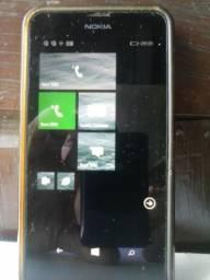 Celular Nokia Lumia e Relógio Cityzen