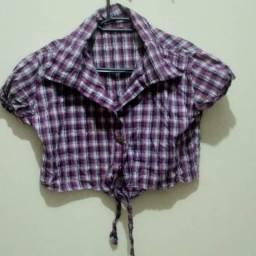 Blusa curta