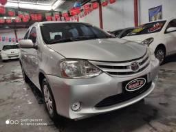 Toyota Etios sedan 1.5 xs 2013 - 2013