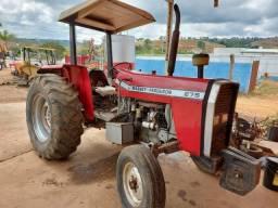 Trator mf 275 conservado