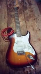 Guitarra 400R$