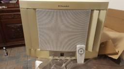 Ar Condicionado 7.500 Eletrolux Eletrônico