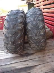 Vendo par de pneus 24x8x12 quadriciclo Honda