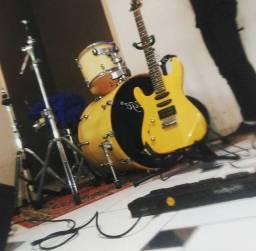 Guitarra mg 230 troco por teclado urgente