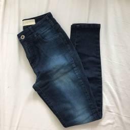 Título do anúncio: Calça jeans da colcci