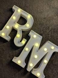 Luminárias de Letras