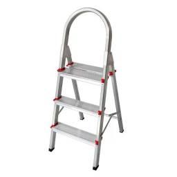 Título do anúncio: Escada de Alumínio 3 Degraus Art Factory New Star