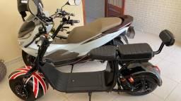Vendo scooter novinha