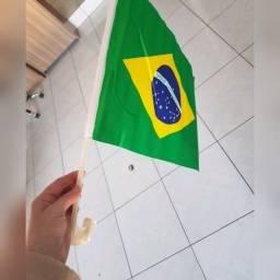 Bandeira do Brasil com suporte para veículo