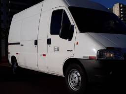 Carretos fretes transportes todo Brasil VAN de carga temos nota fiscal