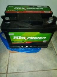 Bateria 50 amperes nova na garantia 1 mês de comprada