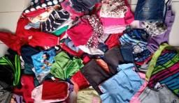 Lote de roupas infantil 2 real  a peça