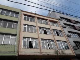 Alugo apartamento com 02 quartos no centro de Nova Friburgo!