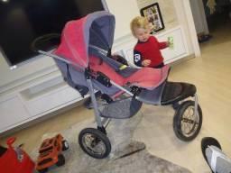 Carrinho de bebê gazzin importado usado