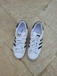 Adidas Superstar - tamanho 42
