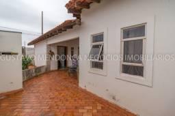 Casa térrea com piscina e 4 suítes no bairro Estrela Dalva!