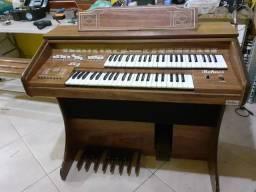 Órgão Rohnes modelo Lins plus