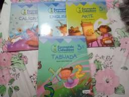 Livros Formando cidadãos 4o ano