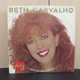 Lp Disco de Vinil Beth Carvalho - Feliz *com encarte