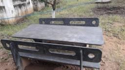 Mesa e bancos de ardosia