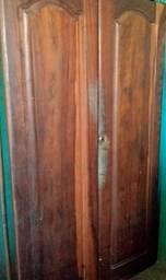 Guarda roupa de duas portas