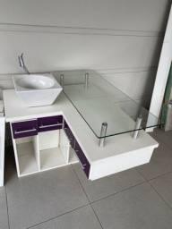 Movel de banheiro ou closet