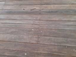 Carroceria de madeira