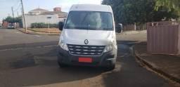 Van - Renault Master Vitre