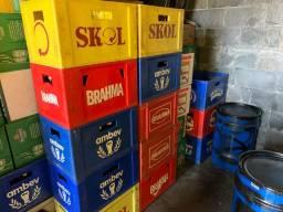 Caixas de cerveja 600ml + cascos!