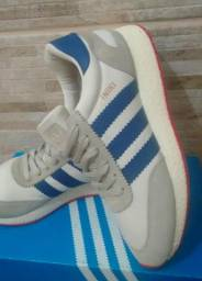 Tênis Adidas iniki promoção