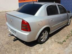 Gm - Chevrolet Astra - 2004