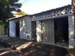 Maraponga - Casa 192,50m² com 3 quartos e 2 vagas