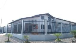 Bela casa de esquina, perto da praia, suíte c/ hidro mais 2 quartos! Preço pra vender