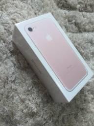 IPhone 7 128GB Vitrine+Case e película