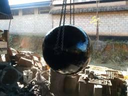 Bola de aço - para quebrar pedra e fazer demolição
