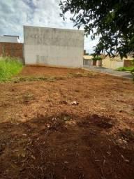 Vendo terreno na bairro Terra mostra
