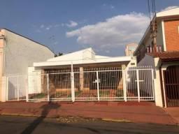 Casa para alugar com 3 dormitórios em Centro, Sertaozinho cod:L0155