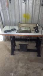 Vendo máquina de costura reta industrial SINGER