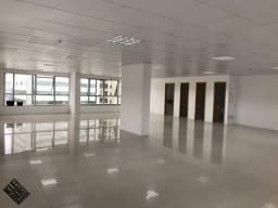 Sala comercial em Tijuca, financia, veja descrição