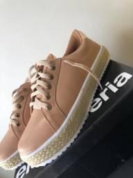 Vendo sapatos femininos Novos