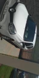 Clio Hatch expression 1.0 - 2013