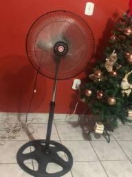 Vendo esse ventilador 100$
