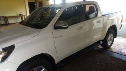 Hilux srv 4x4 automática branca 2017