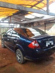 Carro fiesta sedan 1.0 2009