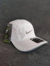Nike DRI FIT REFLETIVO ?