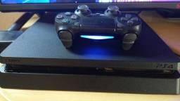 Título do anúncio: Vende-se PS4 Slim