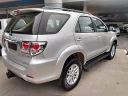 Toyota Hilux SW4 2013 + nova do Brasil