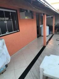 Vendo casa de dois quartos em Rio das Ostras.
