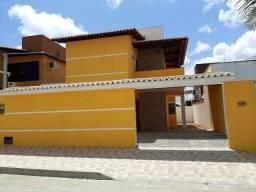 Casa duplex no Caminho do Sol com 4 quartos, 200m², e 2 vagas de garagem
